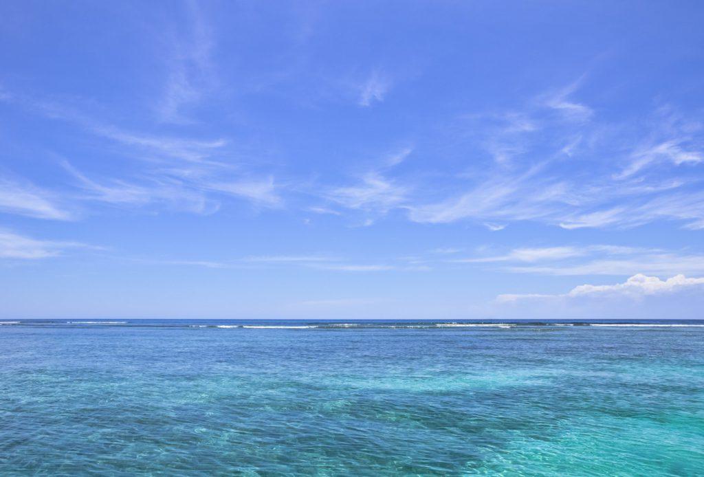 暑い夏には【青】のチカラで、金運アップを叶えよう!